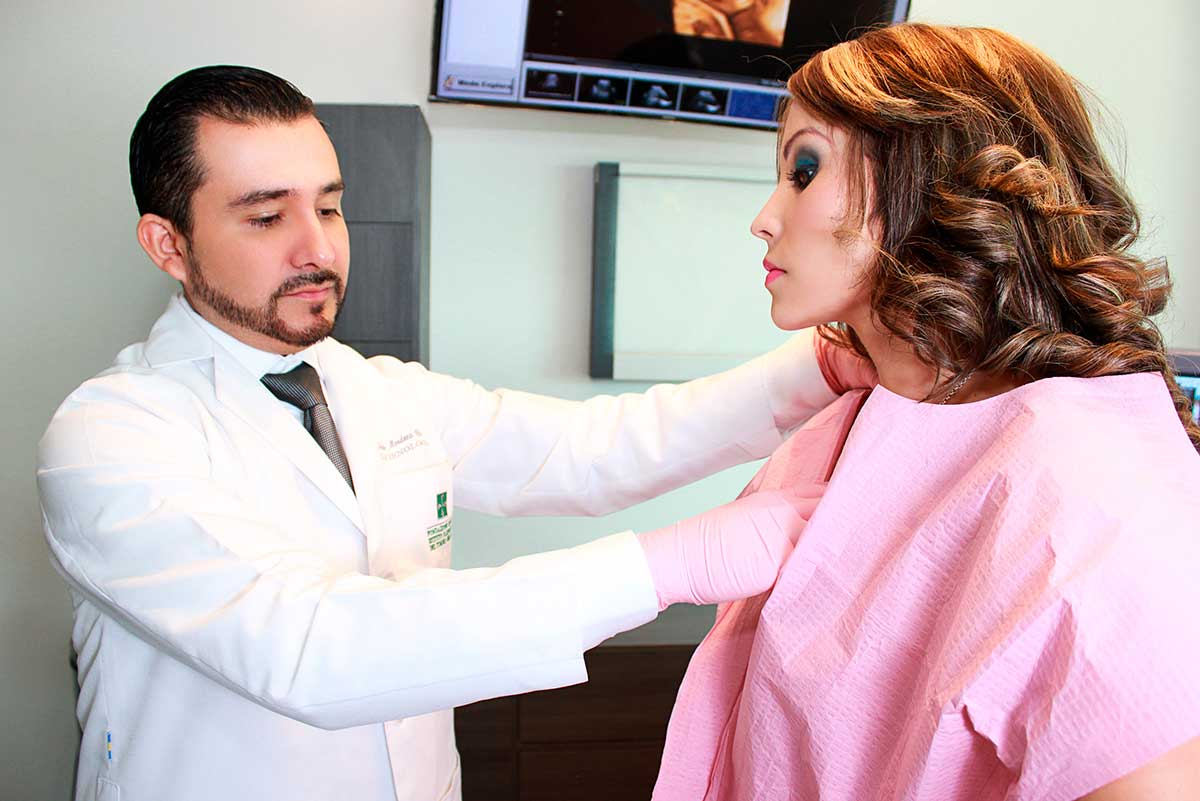 Dr Fernando Mendoza-Ginecólogo